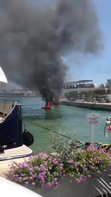 Schwerverletzte bei Schiffsbrand auf Ibiza