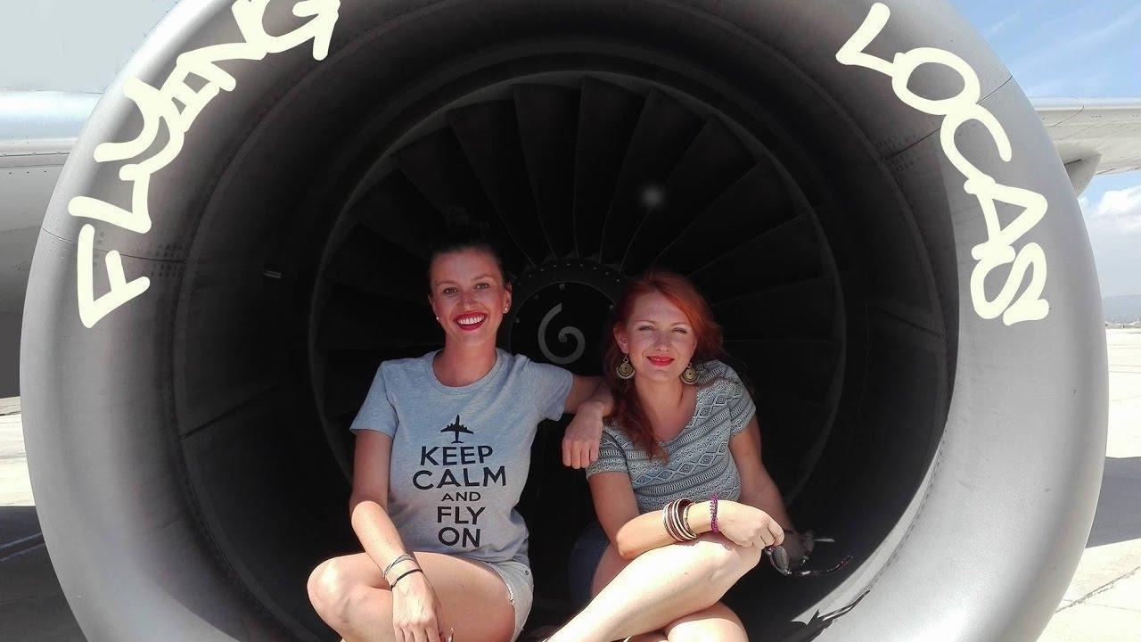 Zwei Stewardessen aus Polen machen Werbung für Mallorca