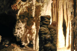 Flucht vor der Hitze in die Höhle