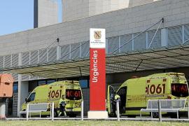 Sterbenden vor Krankenhaus abgeladen