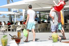 Cocktail-Beach contra Bier-Playa