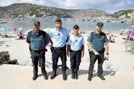 Französische Gendarmen patrouillieren in Sóller