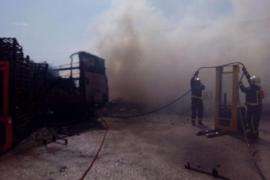 Eisfabrik ging in Flammen auf