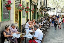 Auflagen gegen Straßencafés könnten 500 Lokale bedrohen