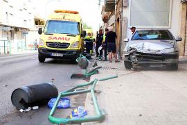 Fußgänger an Bushaltestelle in La Vileta niedergefahren