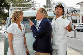 Vertrackte Situation: Antonia (Valerie Niehaus) muss sich zwischen Konrad (Uwe Ochsenknecht, M.) und Gregor (Stephan Luca) entsc