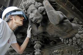 Neuer Glanz für Palmas Rathaus-Skulpturen