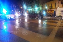 Rohrbruch an der Plaza Madrid in Palma de Mallorca.
