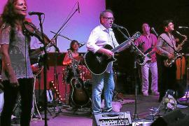 Wo immer sie auftreten, rocken Willi Meyer & Friends die Bühne.