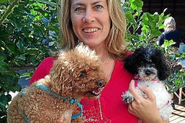 Christina Kastin setzt sich für ein hundefreundliches Mallorca ein