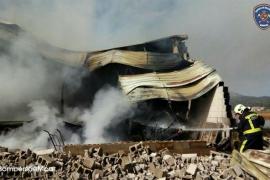 Lagerhalle in Sa Pobla komplett ausgebrannt