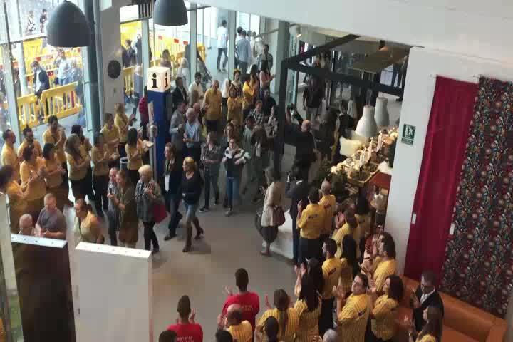 Großer Ansturm bei Ikea-Neueröffnung