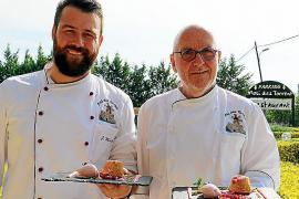 Chefkoch Peter Himbert (rechts) und sein Küchenchef Jochen Maier vom Restaurant Molí des Torrent bei Santa Maria