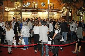 Die Besitzer haben für etwa 250 geladene Personen eine Gala im Café 1916 veranstaltet.