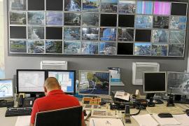 In Kontrollzentren auf Mallorca laufen die Bilder der öffentlichen Kameras zusammen.