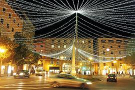 Händler sauer über späte Weihnachtsbeleuchtung