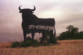 Der Stier wurde im Laufe der Jahre immer wieder beschmiert.