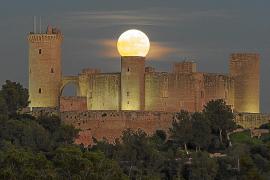 Supermond über Mallorca ist Bild des Tages der NASA