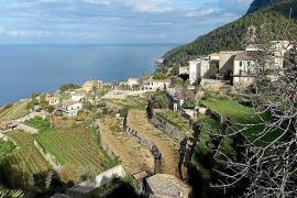 Alleine wegen der bisweilen spektakulären Ausblicke aufs Mittelmeer ist diese Wanderroute besonders lohnenswert.