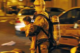 Kleinkind aus brennendem Wohnhaus gerettet
