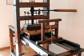 Die Druckpresse aus dem Jahr 1622 blieb auch nach der Schließung der Druckerei erhalten.