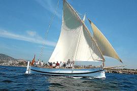 """So soll """"La Balear"""" auch im kommenden Jahr wieder durch das Meer Mallorcas pflügen."""
