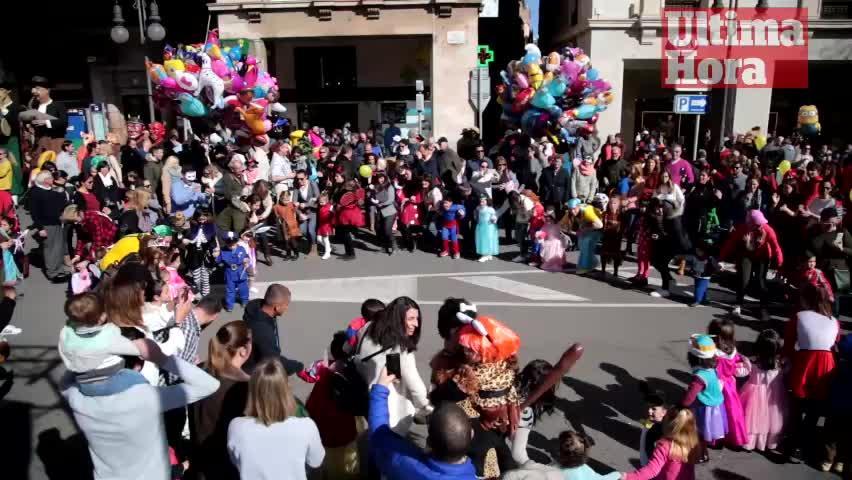 Karnevalisten haben Palma im Griff