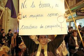 """""""Die weibliche Revolution ist eine friedliche Revolution"""""""