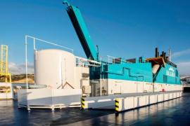 Erste mit Erdgas betriebene Fähre legt in Palma an
