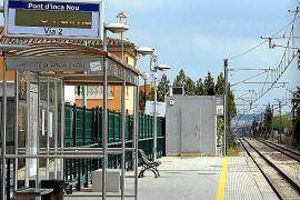 Seit 1875 besteht die Bahnstrecke Palma-Inca mit halt in Marratxí.