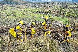 Feuer vernichtet drei Hektar Unterholz bei Pollença