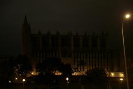 Eine Stunde Dunkelheit auf Mallorca