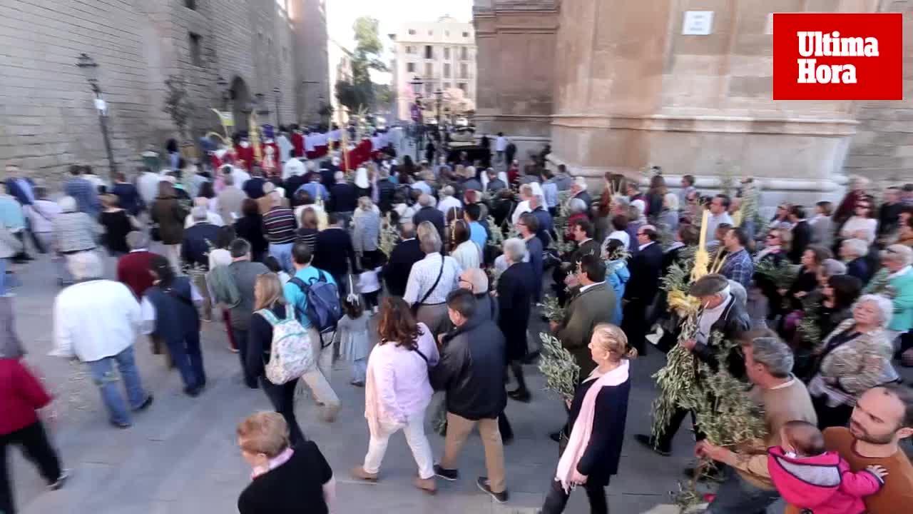 Semana Santa startet mit der Palmsonntag-Prozession