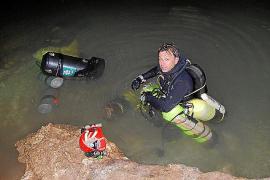 Suche nach vermisstem Höhlentaucher hält an