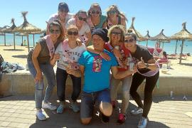 Fans auf Mallorca belagern Tom Gerhardt