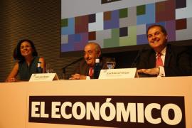 Sprachen zum Thema Luftfahrt: Air-Europa-Chef Juan José Hidalgo und Aena-Boss José Manuel Vargas.