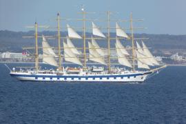 Die Royal Clipper macht in Palma fest