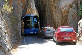 Busfirmen gegen weniger Parkplätze in Sa Calobra