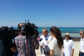 Unternehmerproteste am Strand von Es Trenc