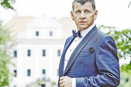 Der Argentinier Semino Rossi ist Sohn eines Tangosängers und einer studierten Pianistin. 1985 wollte er es wissen und versuchte