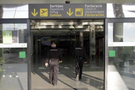 Polizei gegen Alkoholverkauf am Flughafen