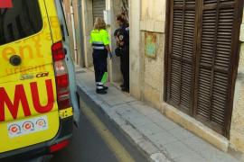 Gestürzte Seniorin aus Hausflur gerettet