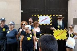 Protestaktion vor Tourismusministerium