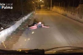 Betrunkener Tourist schlief mitten auf der Straße