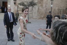 Königsfamilie empfängt im Almudaina-Palast