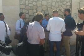 Wartende Pressevertreter vor der königlichen Sommeraudienz auf Mallorca.