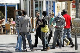 Illegale Straßenhändler nach neun Jahren verurteilt