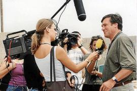 Das Medieninteresse am Insel-Wahlkampf der Liberalen war 1998 groß. Wolfgang Gerhardt musste viele Fragen beantworten.
