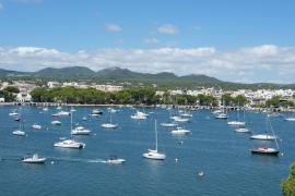 Streit um Parkplatz für Autos und Boote in Portocolom
