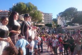 Santa Ponça feiert mit einem neuen Riesenpaar